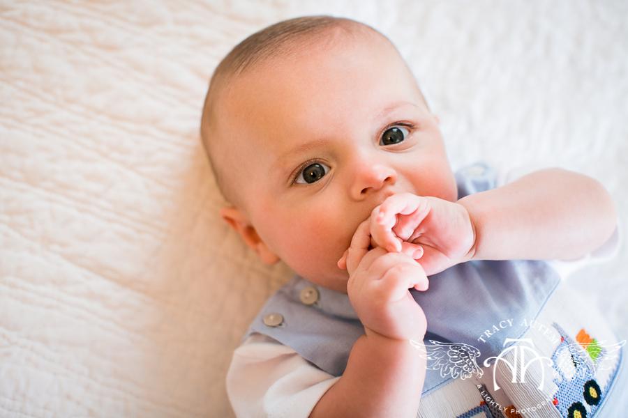 3 месяца младенец